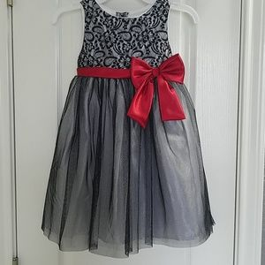 Girl's black sparkly holiday dress size 5